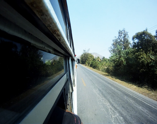 Bus-en-la-carretera