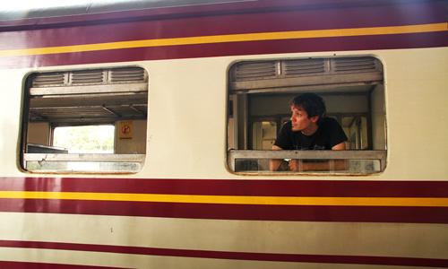 Estacion-en-nuestro-tren-sin-Locomotora
