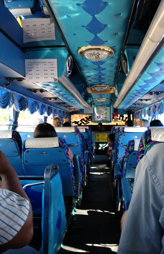 Bus-Kao-Sok-dentro
