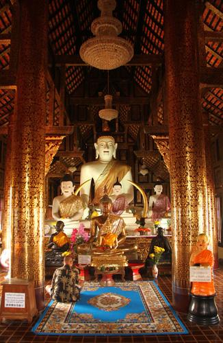 Primer-Templo-Buda