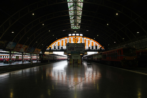 Train-Station-Bangkok